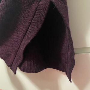 Aritzia Tops - Aritzia sweater tank